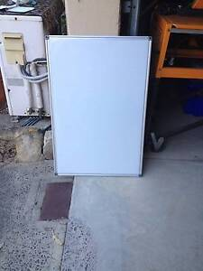 WHITEBOARD - PERFECT FR STUDY OR OFFICE - $25 ONO Naremburn Willoughby Area Preview