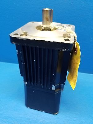 New Reliance Electric H-3007-N-H00AA 3PH Brushless Servo Motor 6131-01-802 240V