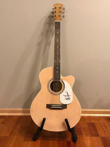 * KRISTIAN BUSH * signed autographed acoustic guitar * SUGARLAND * 1