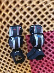 Easton Synergy 999 Elbow Pads