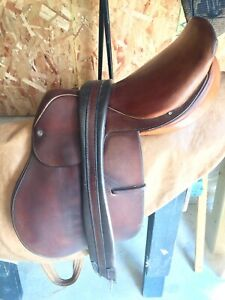 Hunterdon Crosby saddle and riding boots