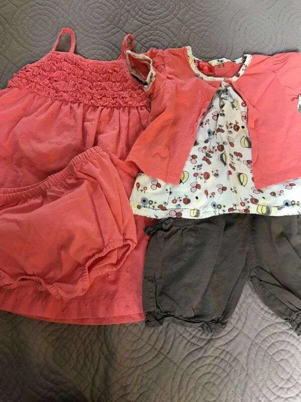Lot Of Baby Girl Clothes Size 24 Months: Spring/summer 4 Pc