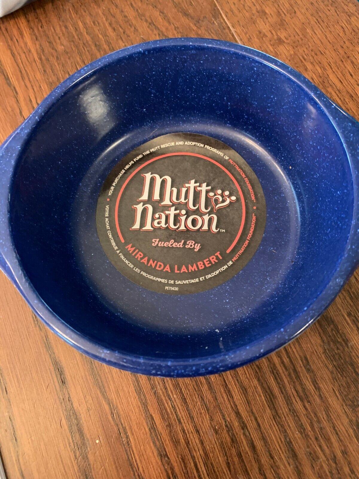 Mutt Nation Miranda Lambert Crock Style Pet Food Bowl Blue 2.5 Cup NEW