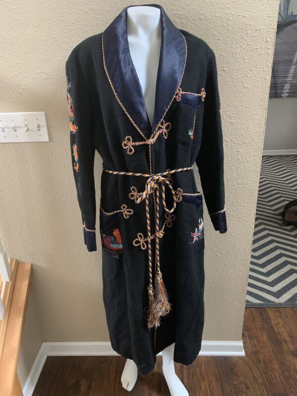 Vtg Asian Embriodered Souvenir Robe Coat Ornate Silk