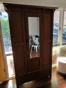 Antique Tasmanian Oak Wardrobe Karrinyup Stirling Area Preview