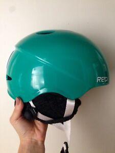 Snowboard/ski helmet
