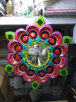 Wagon Wheel Clock (HAND PAINTED CIRCUS 3-D WAGON WHEEL STYLE WALL)