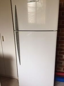 Fisher and Paykel fridge freezer Smithtown Kempsey Area Preview