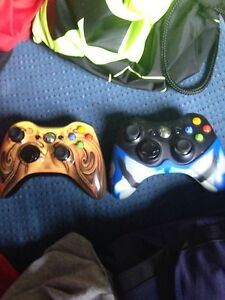 Xbox 360 2 controllers and gta5!