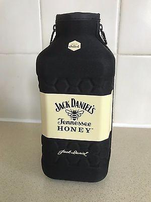 JACK DANIELS  Honey Bottle Holder  Coozie New UK Zip Sides