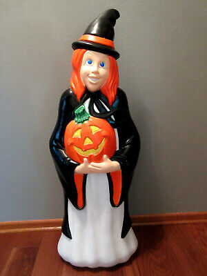 """Vintage """"Grand Venture"""" Lighted Black Witch Halloween Blowmold - 40"""" Tall -NICE!"""