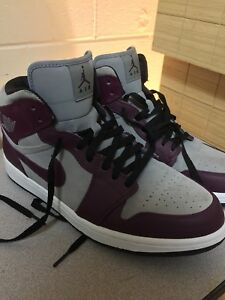 Nike Air Jordan Retro 1 (Size 12)