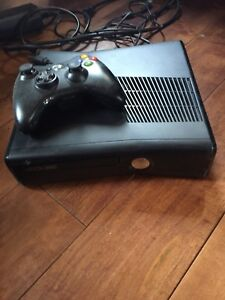 Xbox360 with games and headset