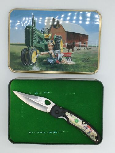 Smith & Wesson, Zolan limited edition John Deere Cuttin Horse Knife w/ Tin
