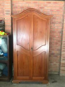 Country Form Wooden Wardrobe