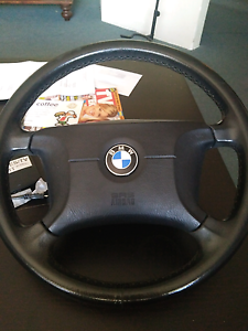 318i steering wheel Bedford Bayswater Area Preview