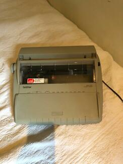 Brother AX-325 electric typewriter
