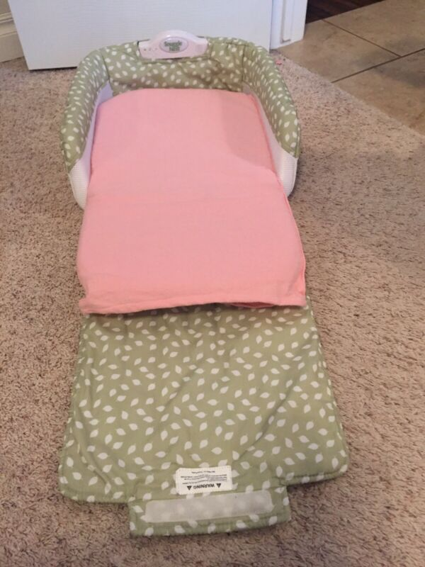 Baby Mustval Snuggle Nest Green/ White/ Pink Mattress