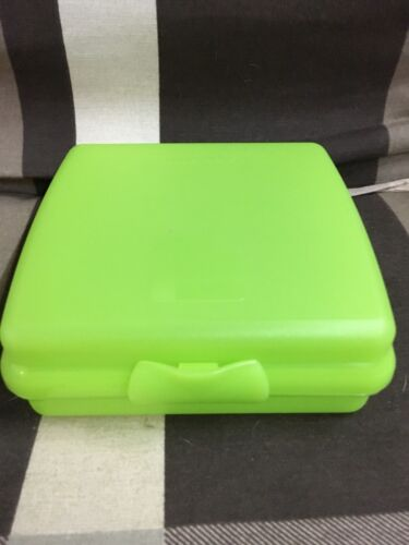 Tupperware Sandwich, Pausenbox, Brotdose grün Neu und OVP