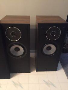 Energy pro 22 speakers —- vintage