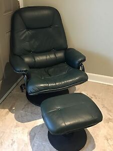 Pallister leather reclining chair and ottoman London Ontario image 4