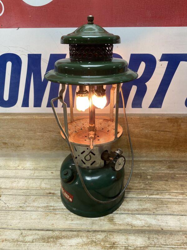 Vintage 1961 Coleman Lantern Model 220E Dated 8/61 Tested Work No Globe