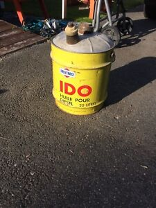 Irving IDO vintage jerry can