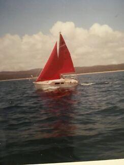 Wanted: A Mirror offshore fibreglass 18 foot trailer sailer yacht