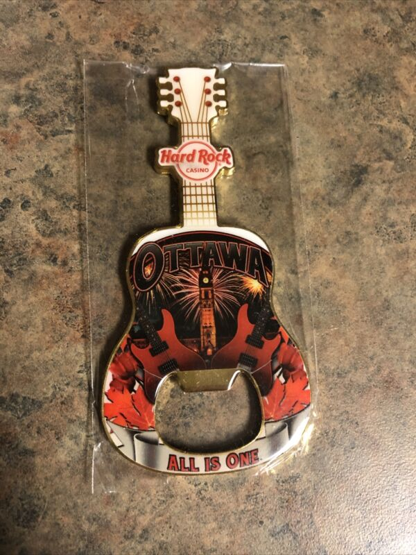 Hard Rock Cafe - Ottawa - Guitar magnent NEW