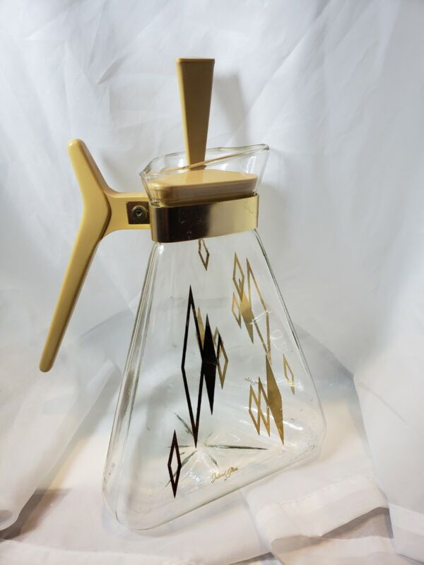 Vintage Inland Glass Golden Triangle Carafe complete with lid