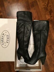 (New) (never used)Steve Madden boots size 38 (7-7.5)