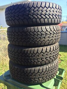p195/60/15 inch Winter Tires / NEAR NEW / GOOD DEAL