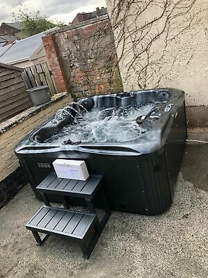 NEW  LUXURY HOT TUB SPA 4 SEATS BALBOA AMERICAN BLUETOOTH MUSIC JACUZZI