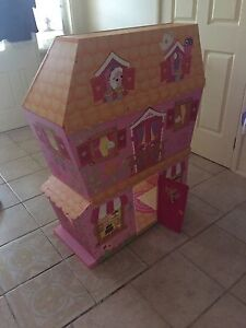 La la loopsy doll house West Hoxton Liverpool Area Preview