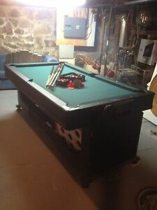 Table de billard / air hockey grandeur moyenne