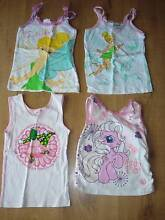 4 girls singlets - size 3 Duncraig Joondalup Area Preview