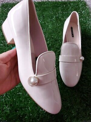 Zara Basic Collection Beige Patent Leather Unique Classic Hells Shoes Sz 11 42