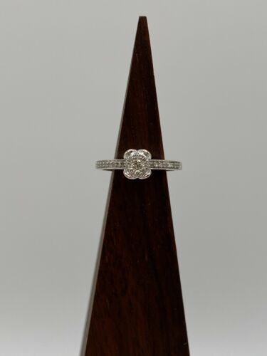 Solid 14k Gold Ring with Natural Diamonds