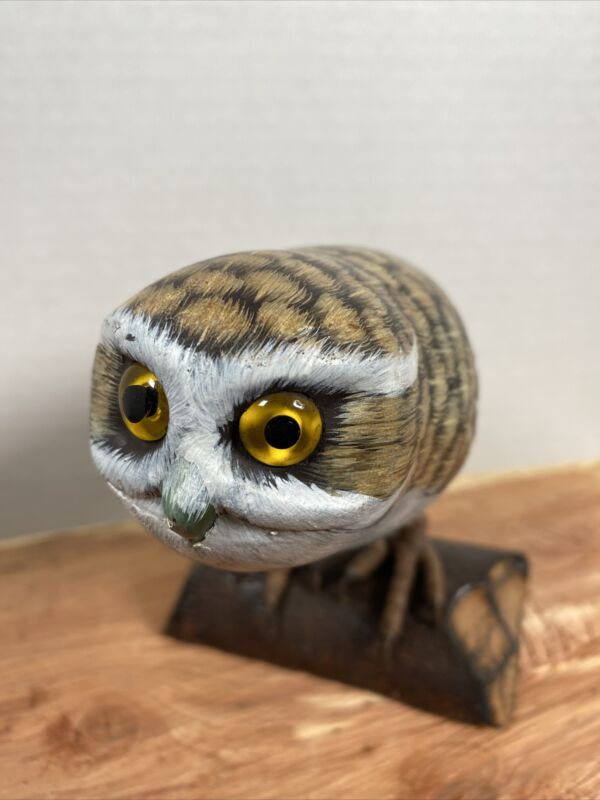 Hand Carved & Painted Burrowing Owl Statue/Fugurine