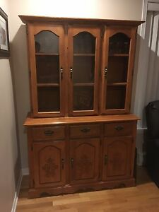 China cabinet Hutch Oak