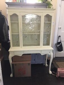 Painted yellow/ antiqued hutch/ display cabinet/ stained glass