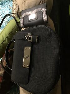 Guess bags!! New never used!