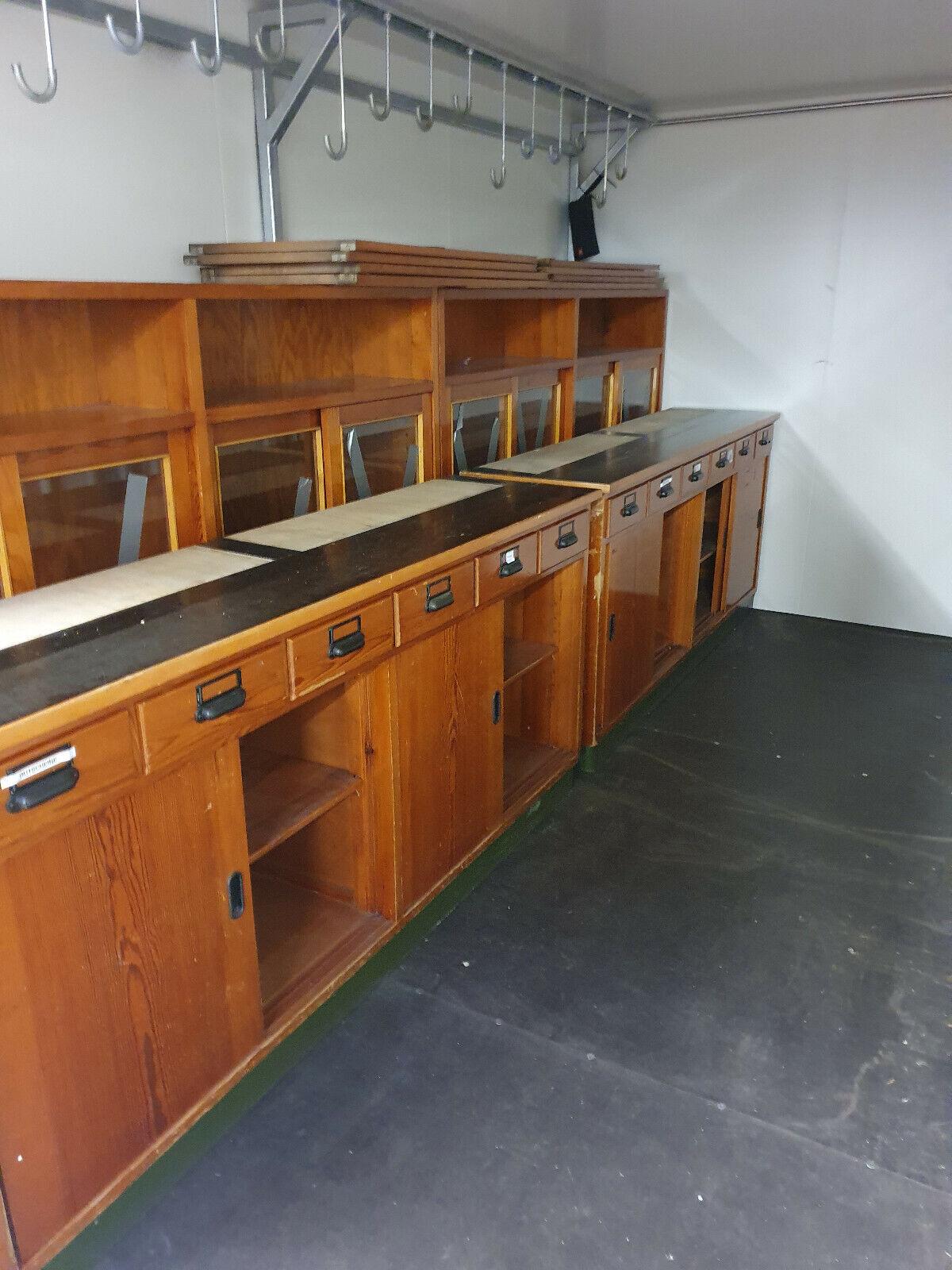 je 2 Unterschränke & 2 Stück Oberschränke Apothekerschrank Schubladenschrank