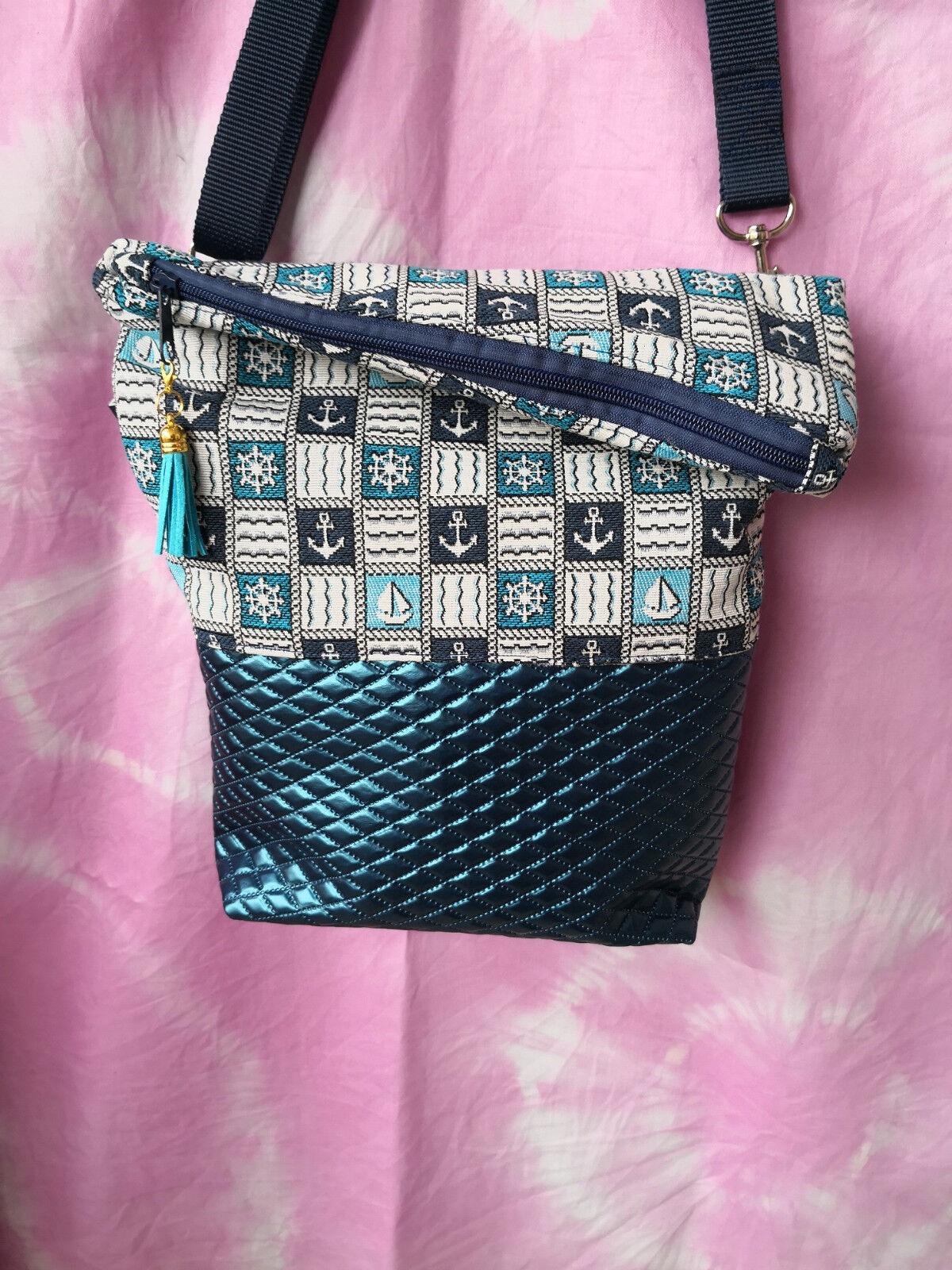 Ausgefallene Damen-Handtasche - Foldover -  Kunstleder Blau + Maritim