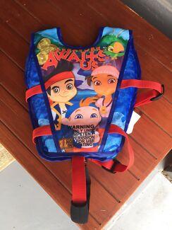 Swim Vest size S - Disney - 15-25 Kg's Ages 3 - 5 Years