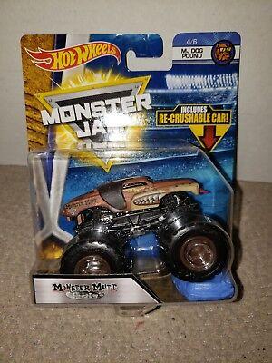 Hot Wheels Monster Jam 1:64 Diecast Truck Monster Mutt Junkyard Dog