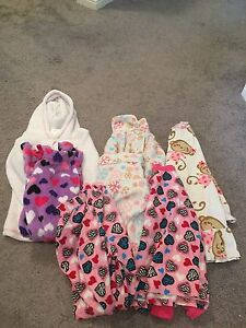 Girls clothes sizes 5-6