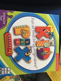 Scholastic: 4 Awesome CD-ROMS for kids