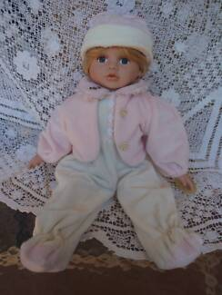 HOMEART BABY DOLL DRESSED 46CM CARLY VGC