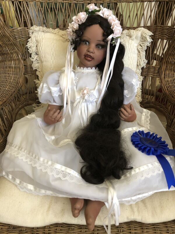 """AUTHENTIC FAYZAH SPANOS COLLECTION AFRICAN AMERICAN  30"""" DOLL"""